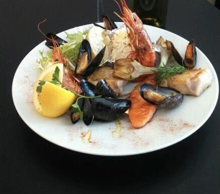 parillada de pescado a la plancha © Brasserie Le France