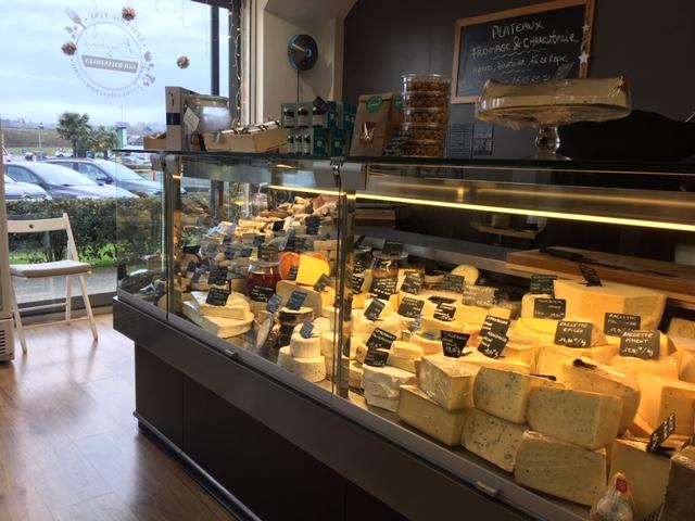 Bouchons et gourmandises fromages