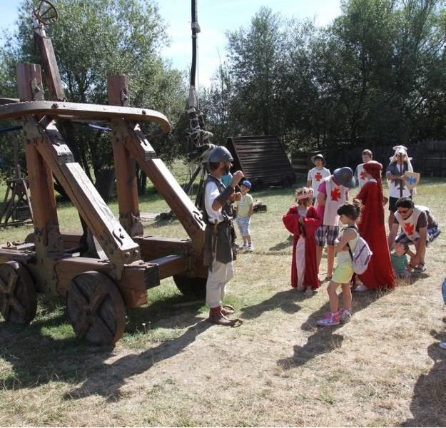 Camp de Siège Médiéval – catapulte