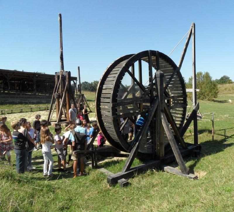 Camp de Siège Médiéval – roue carrier