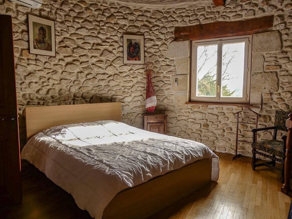 Chambre MontferretBellevue (2)