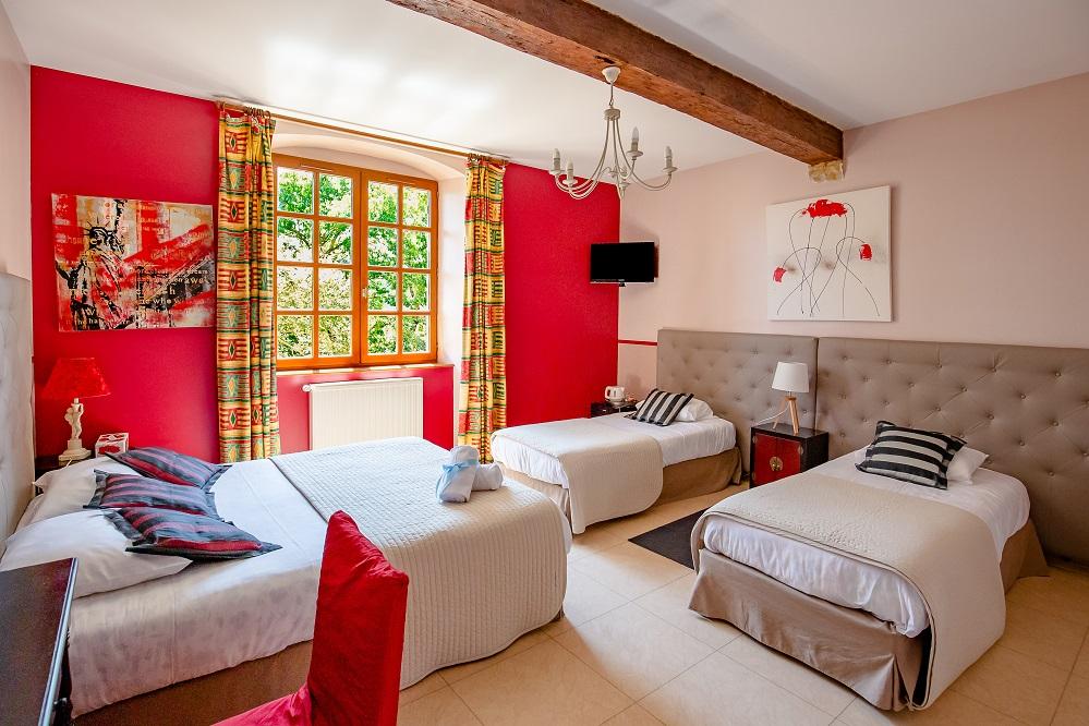 Chambre rouge le Castagné