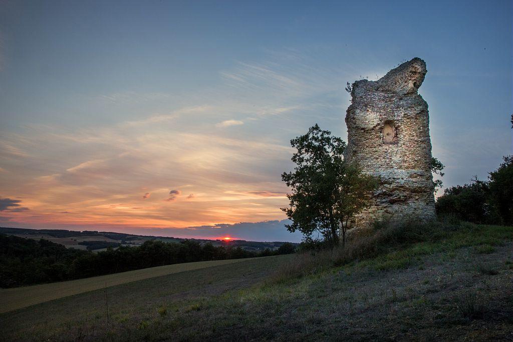Vue de la Pile Gallo-romaine d'Ordan-Larroque