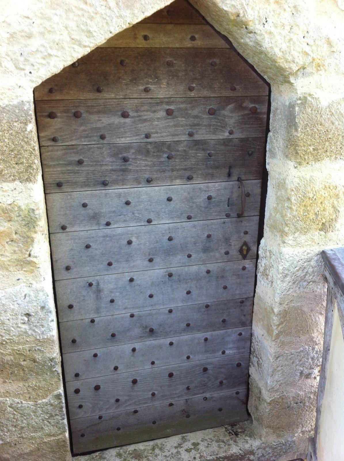 Tour porte entrée de la Tour