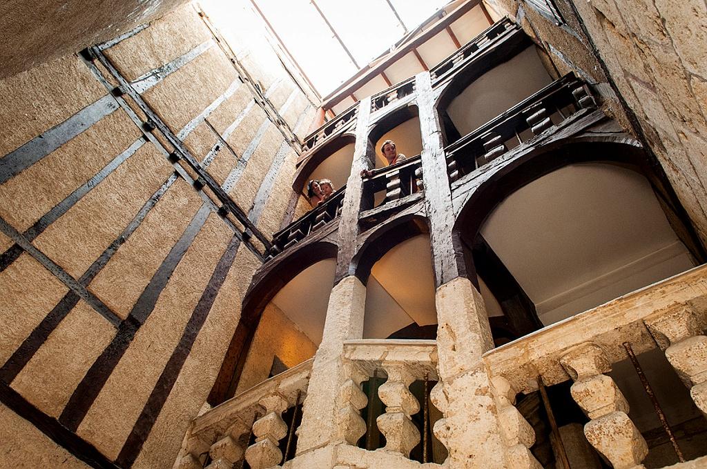 Escalier XVIIe Maison Henri IV