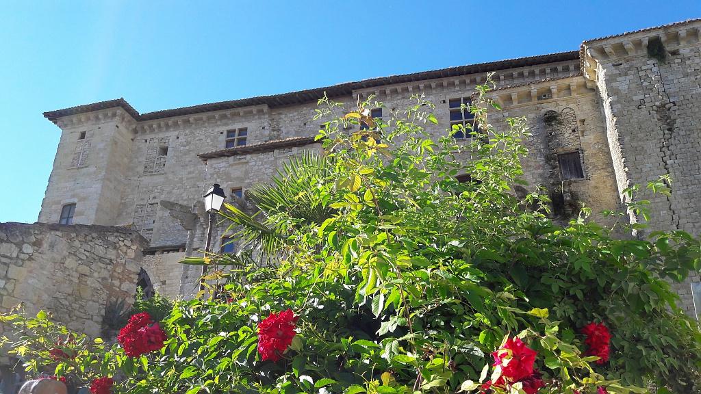 Château de Lavardens au printemps