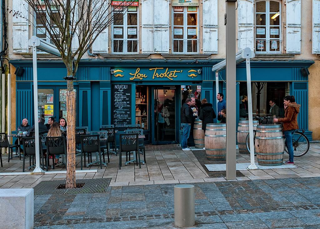 Lou Troket facade