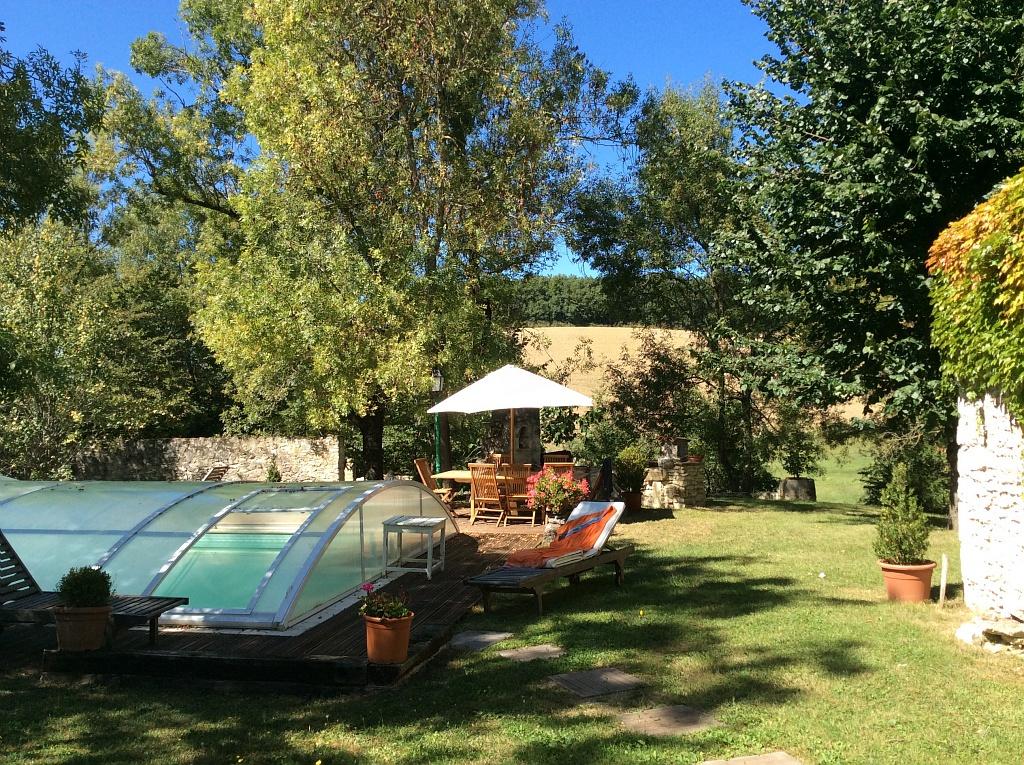 Piscine – La Vigne et le Lierre