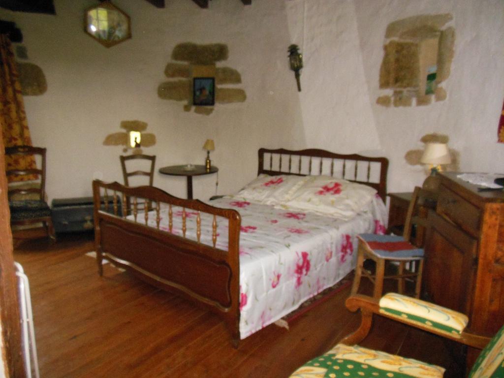 Chambre double 2ème étage – Le Petit Moulin de Burrat