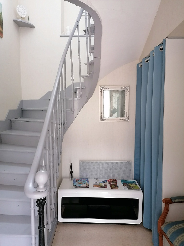 Cage escalier étage